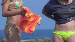Beach Thongs Voyeur HD Video
