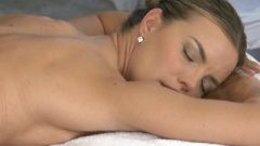Lesbea HD Pretty Blonde Teen Jerks Her Oiled Body And Pussy On Massage Client