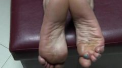 Awesome Latina Soles. I Don't Own This.