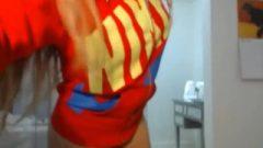 Provoking Blond Web Cam