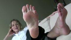 Workplace Footbitch