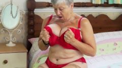 GILF Savana Have To Do It Herself By Europemature