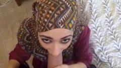Poor Arab Chick Desperate For Cash Sucks And Fuck's