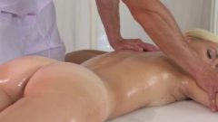 Massage Rooms Nice Fair-haired Vixen Has Extreme Climax Before Creampie