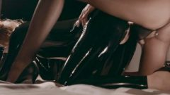Latex Covered Rossy Bush Obeys To Mia Reese