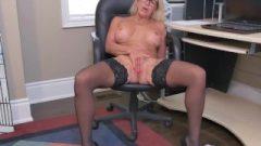 Canadian Vixen Bianca Masturbates At The Office